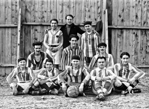 1922-23 Red Star 04-03-1923, jeunes 01.jpeg