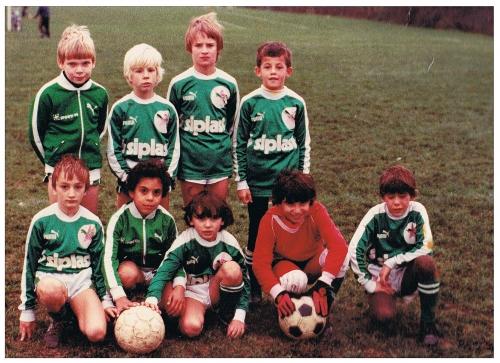 poussins 1983.jpg